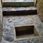 schody do piwnicy